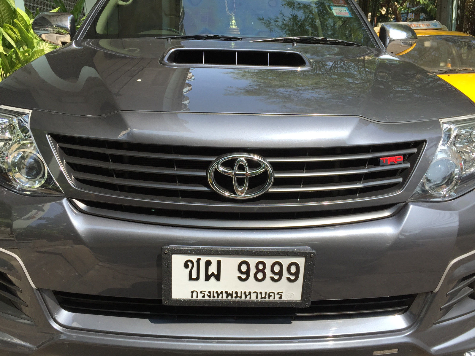 For Toyota Fortuner Suv Unpainted Front Grille Trd Style